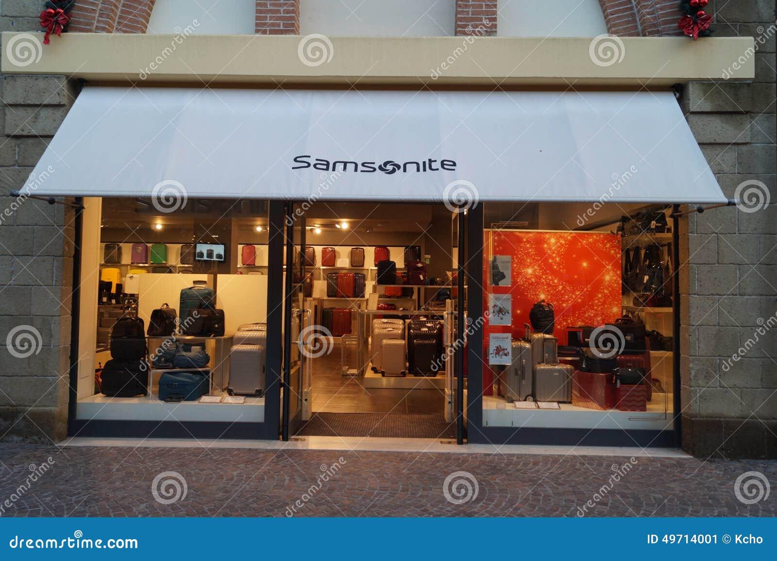 Samsonite store editorial photo. Image of display, expensive - 49714001
