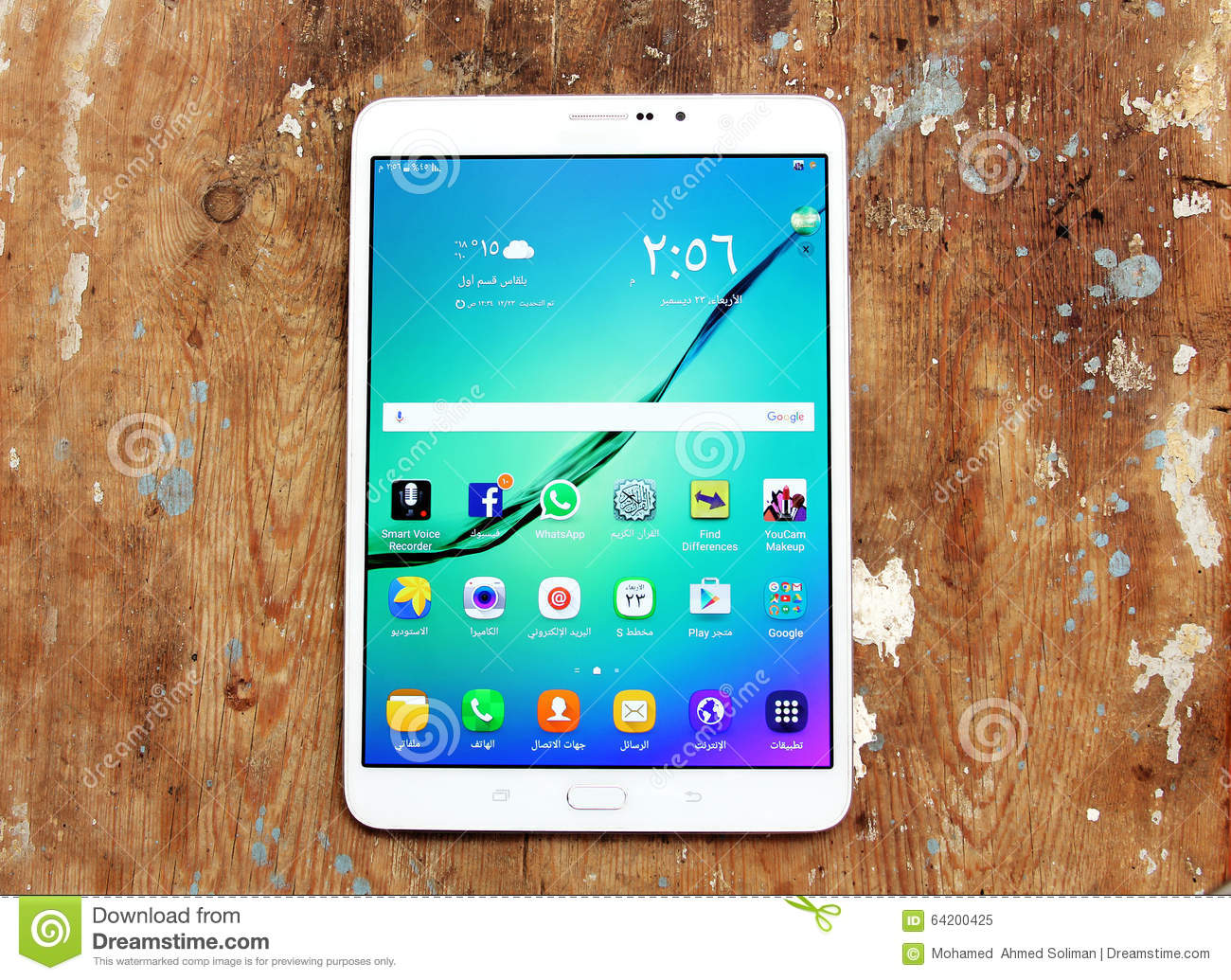 Samsung Tablet With Social Media Editorial Image - Image of samsung