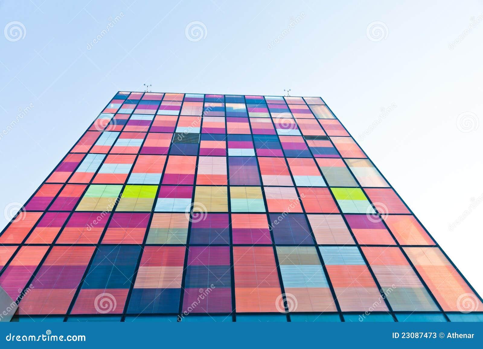 Samtida stads- färgrik arkitektur