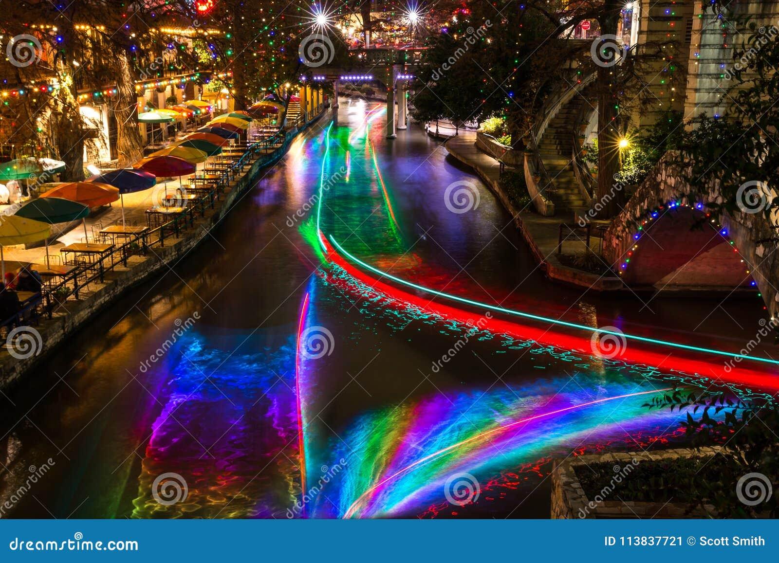 San Antonio Riverwalk Christmas.San Antonio Riverwalk At Night Christmas Time With Some