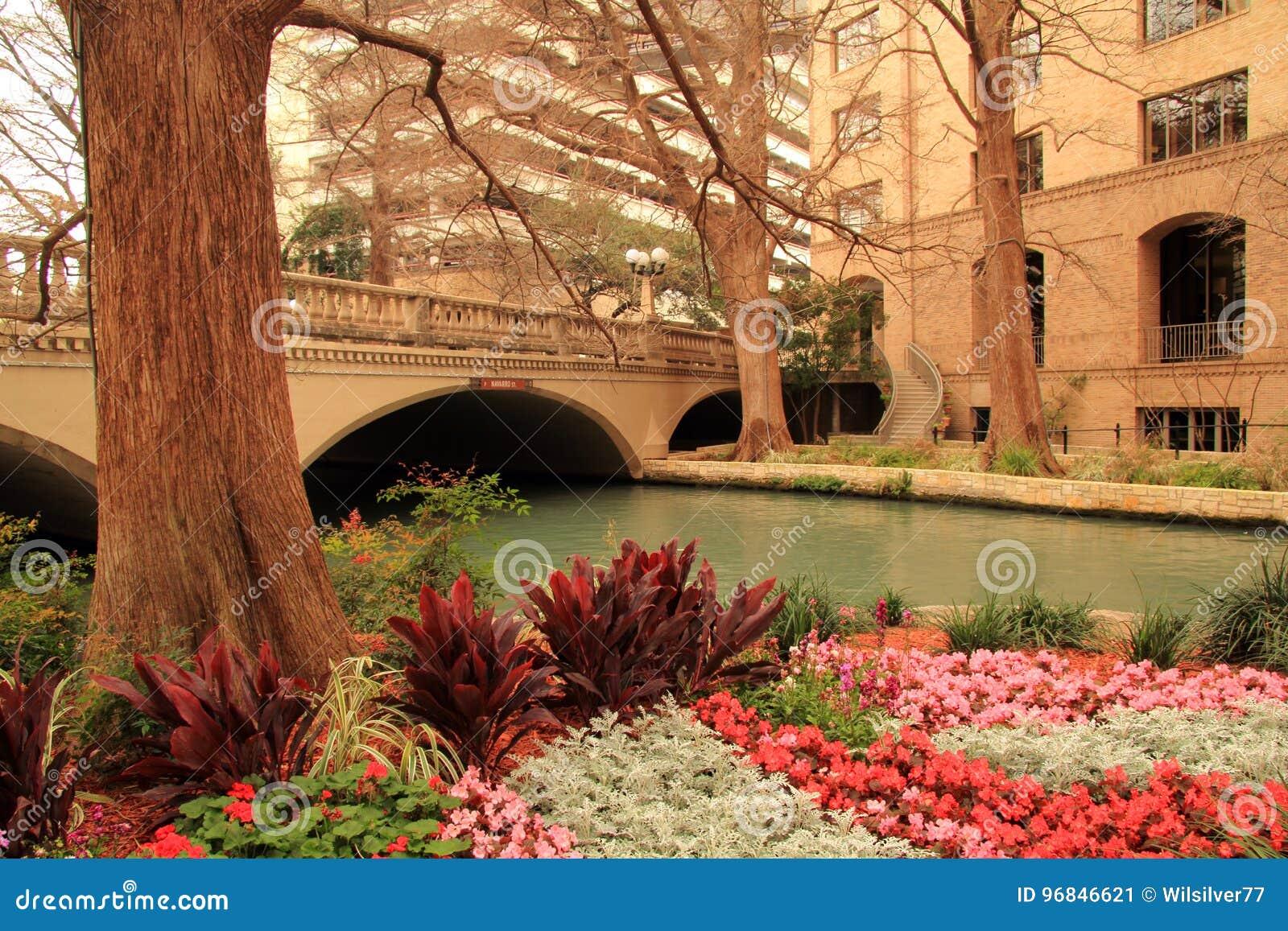 San Antonio Riverwalk editorial photo. Image of creek - 96846621