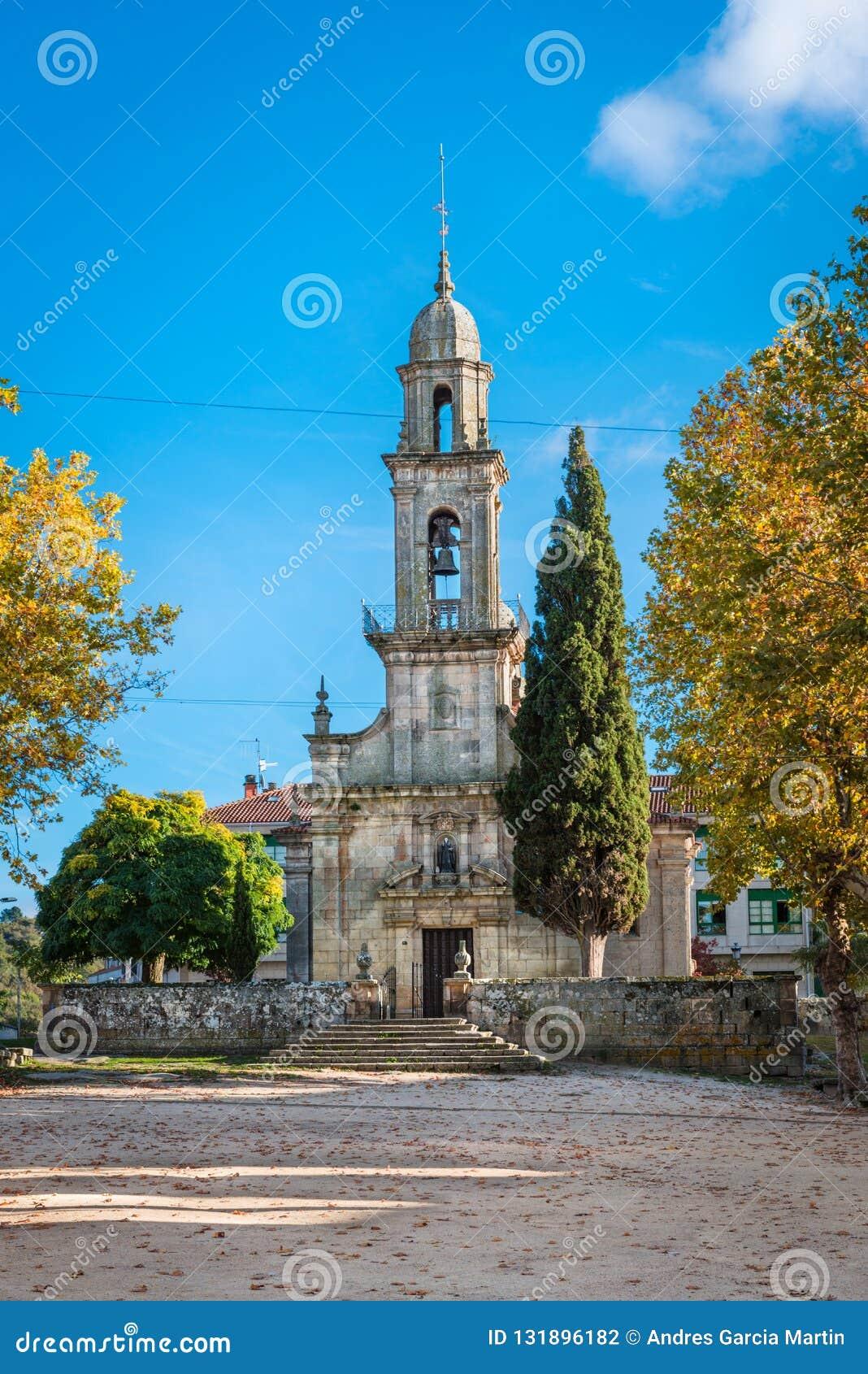 San Bieito kyrka i Allariz i höst