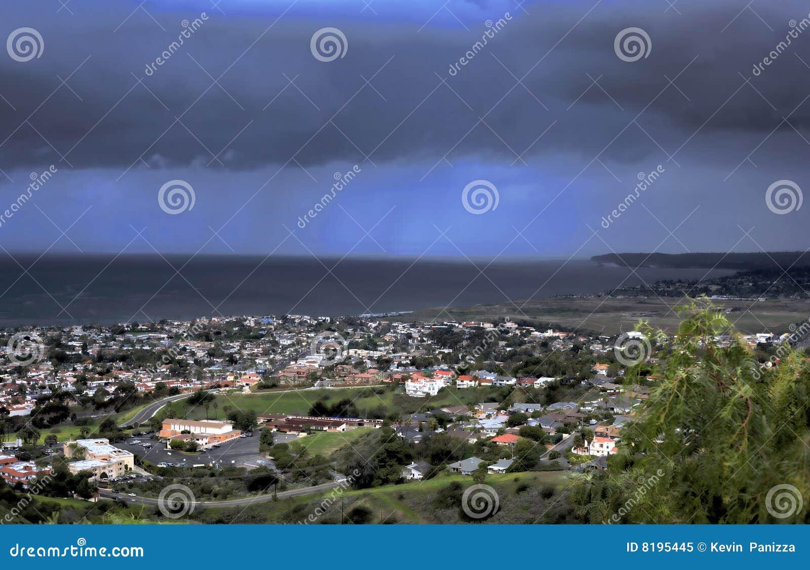 San Clemente tormentoso