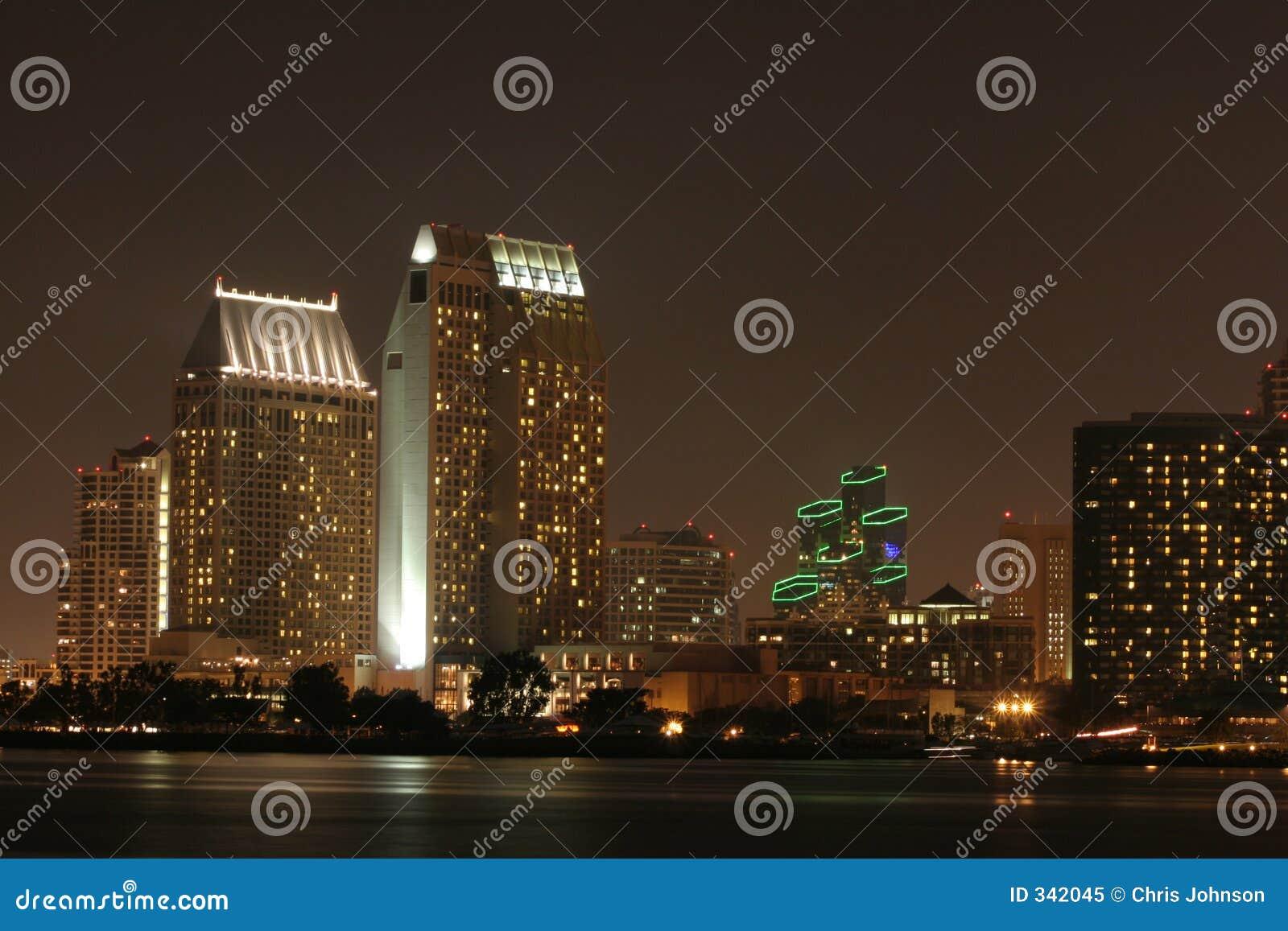 San Diego, Califórnia na noite
