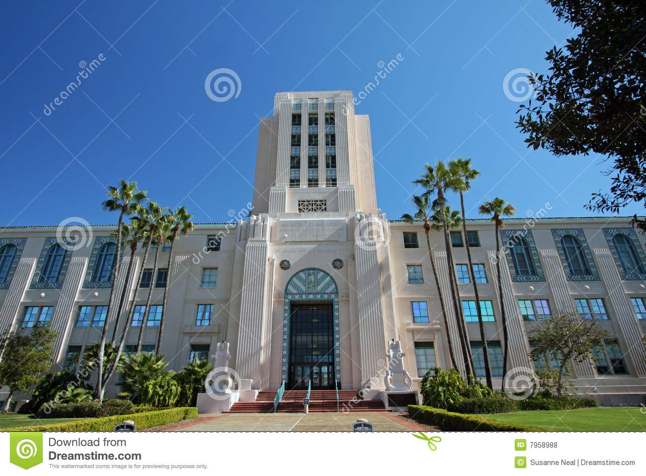 San Diego County Building Pacific Highway
