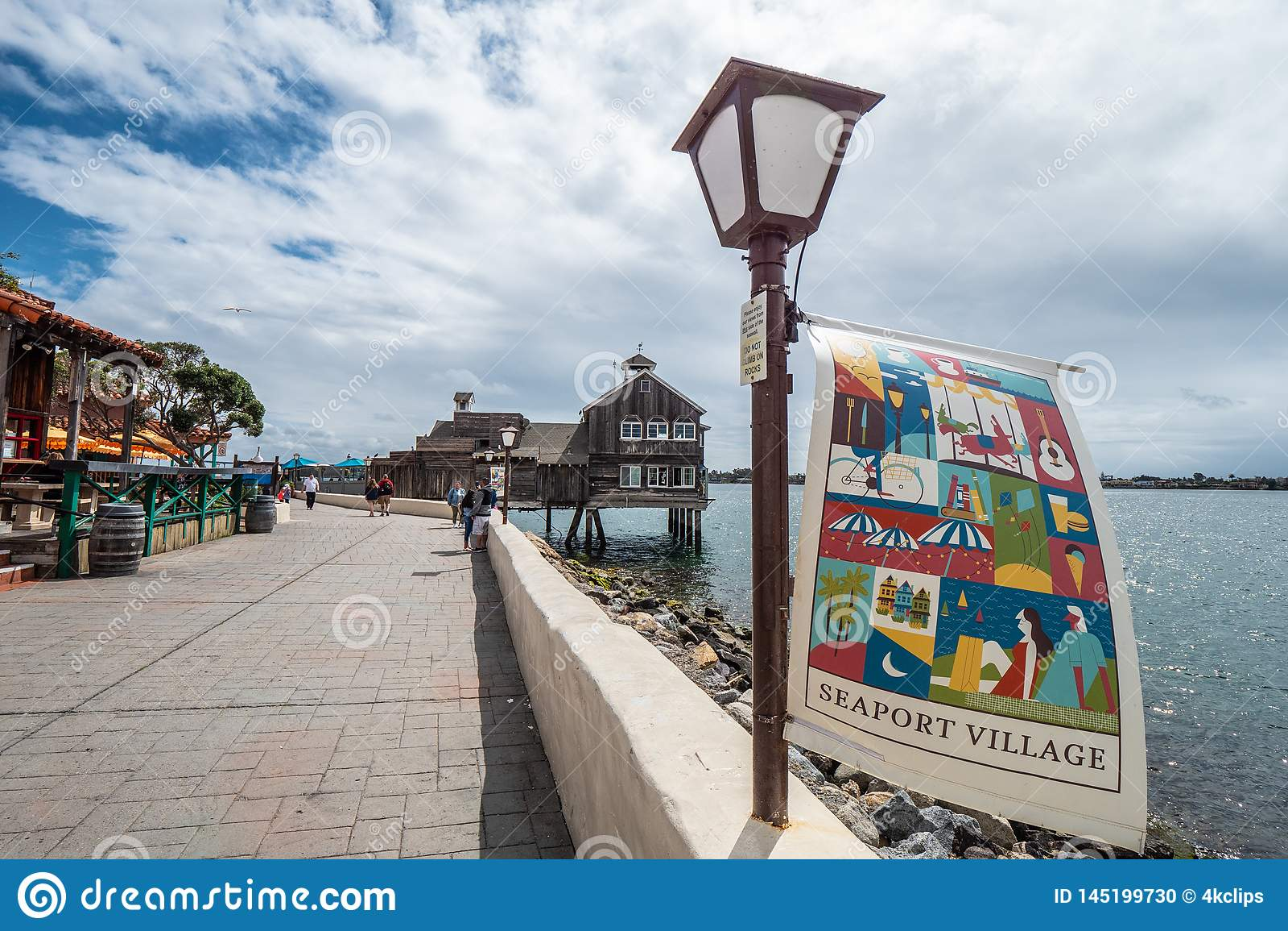 San Diego Seaport Village Park - KALIFORNIEN, USA - MARS 18, 2019