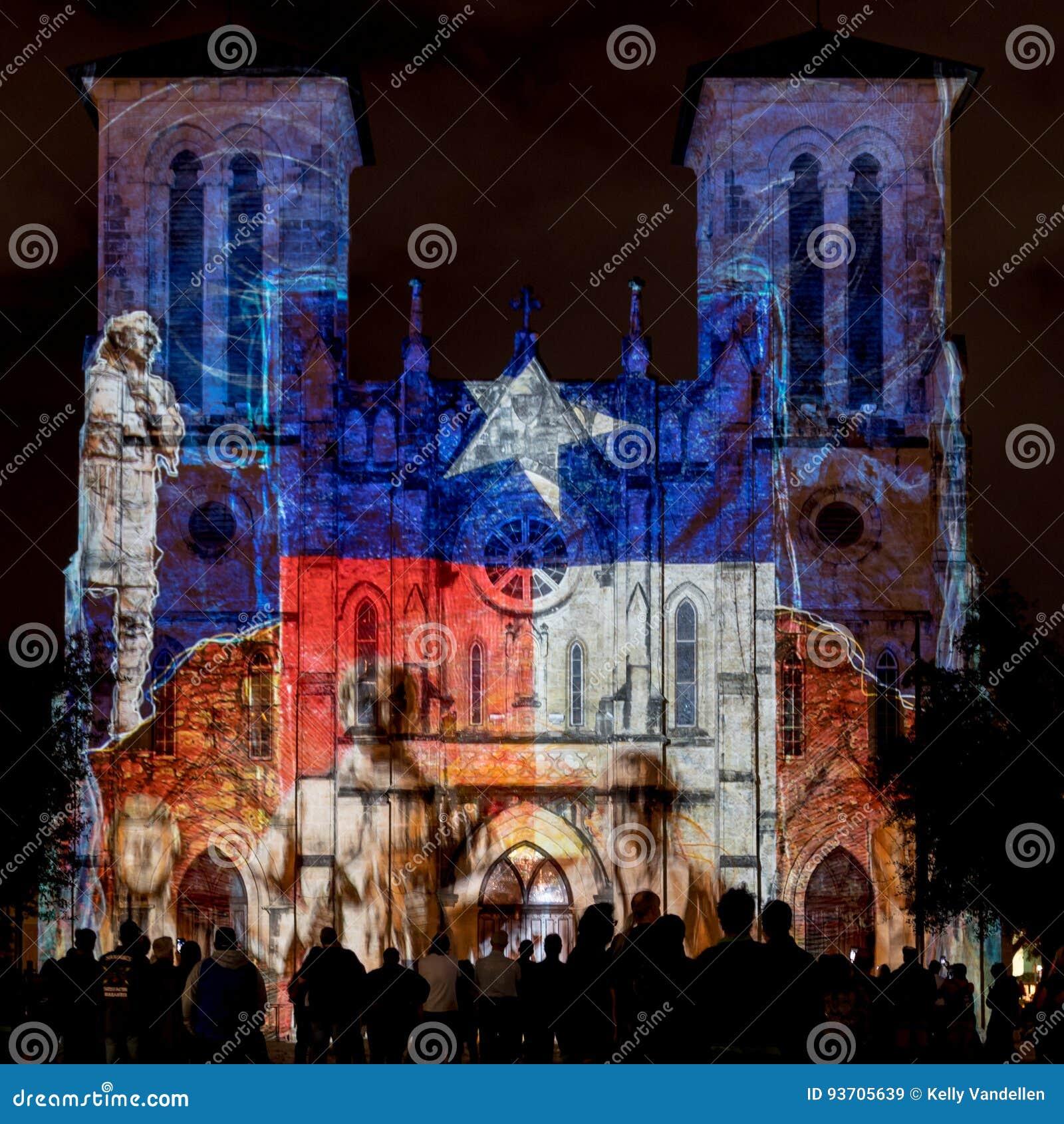 San Fernando Cathedral met Texas Flag Lights