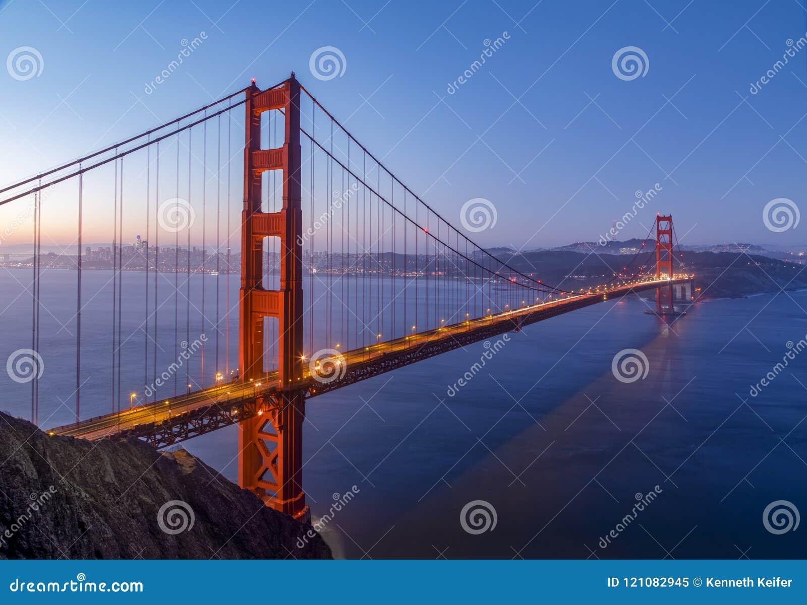 San Francisco Bay Daybreak - Golden gate bridge