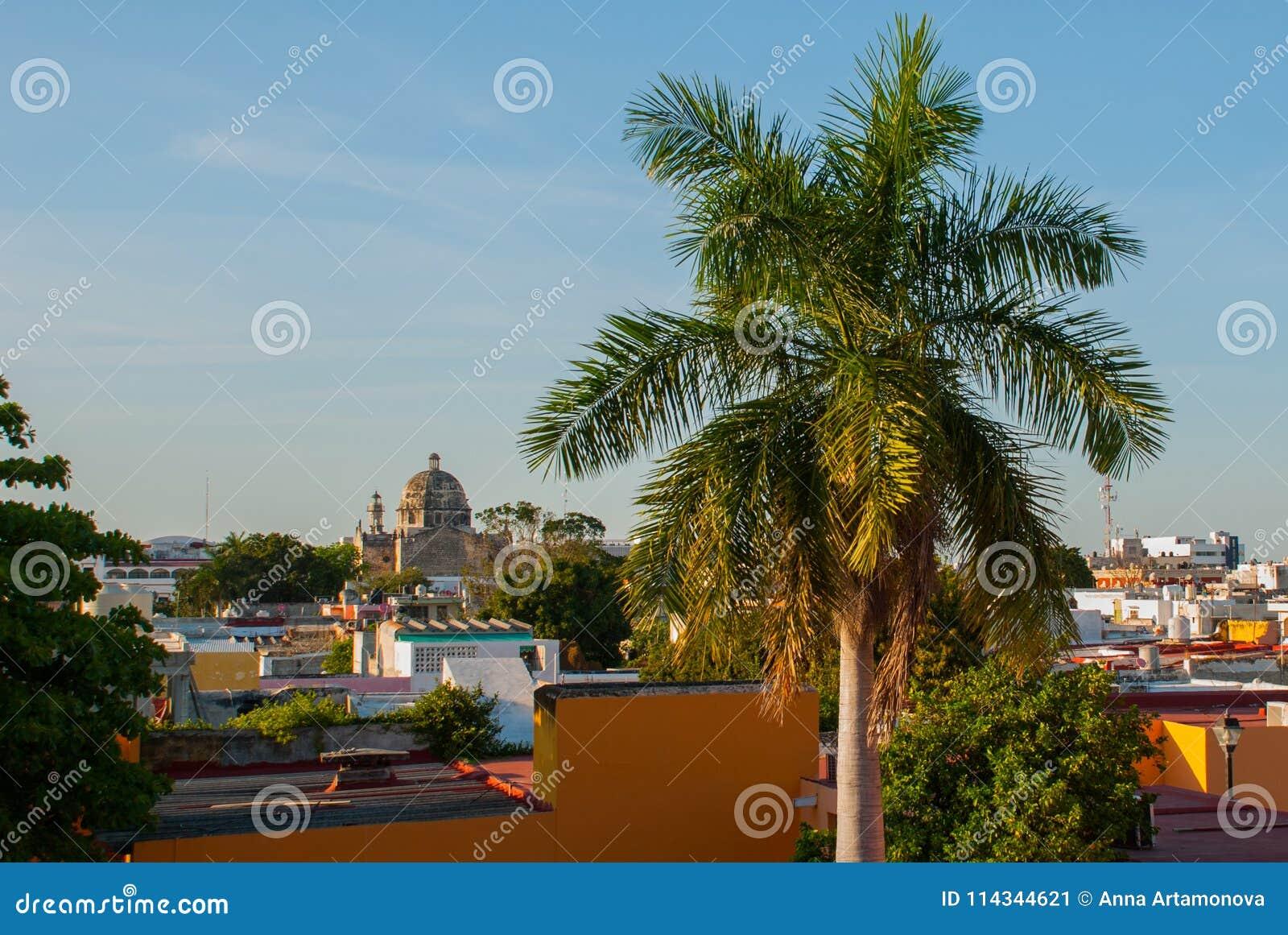 San Francisco de Campeche, Mexiko: Ansicht ehemaligen Sans Jose Cathedral Es war der Haupttempel des Jesuitklosters, jetzt ein Cu