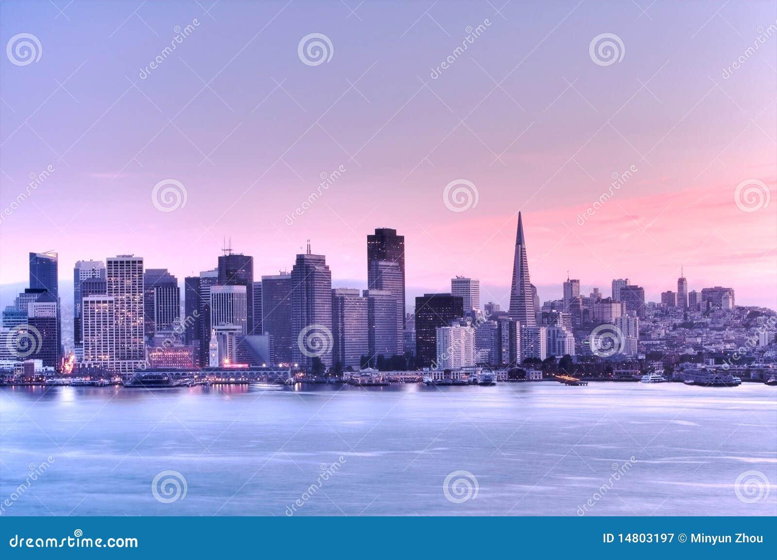 San Francisco skyline . HDR