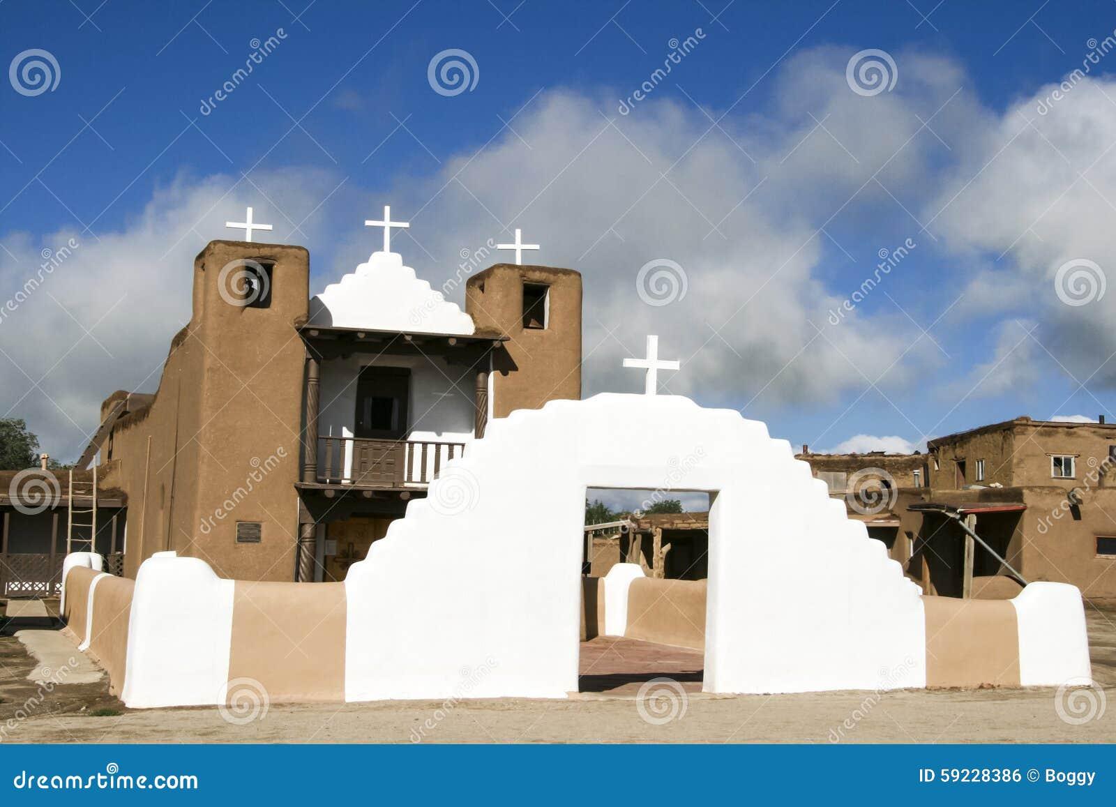 San Geronimo Chapel en el pueblo de Taos, los E