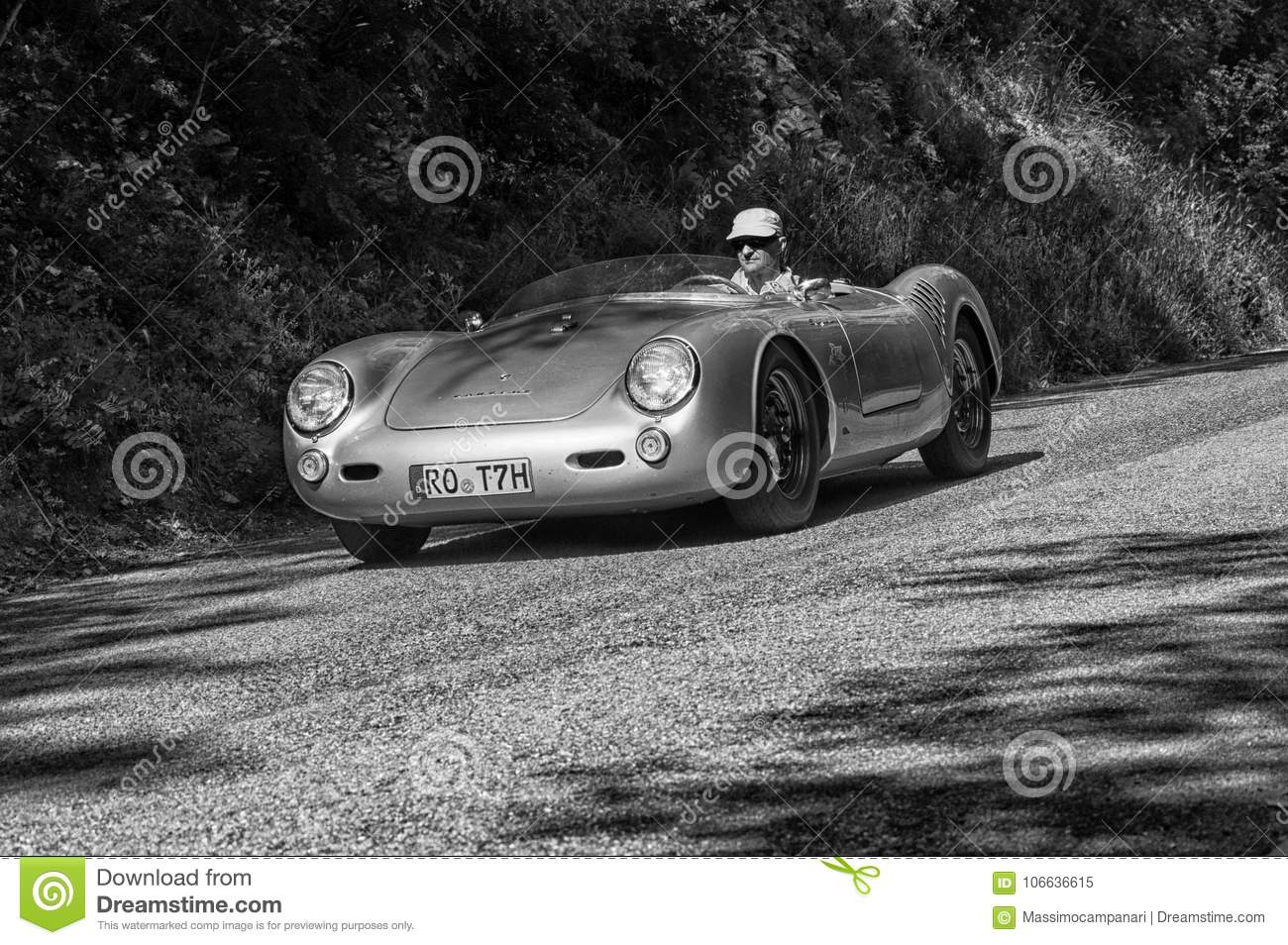 PORSCHE SPAIDER SILVER On An Old Racing Car In Rally Mille Miglia ...