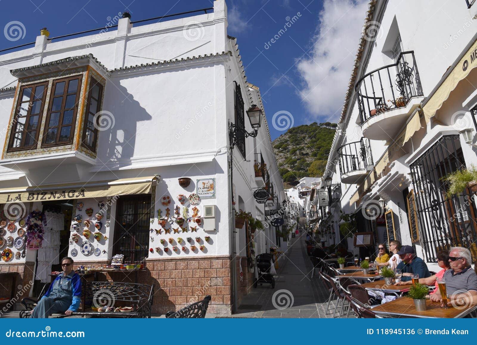 San Sebastian Street In Mijas dans les montagnes au-dessus de Costa del Sol en Espagne