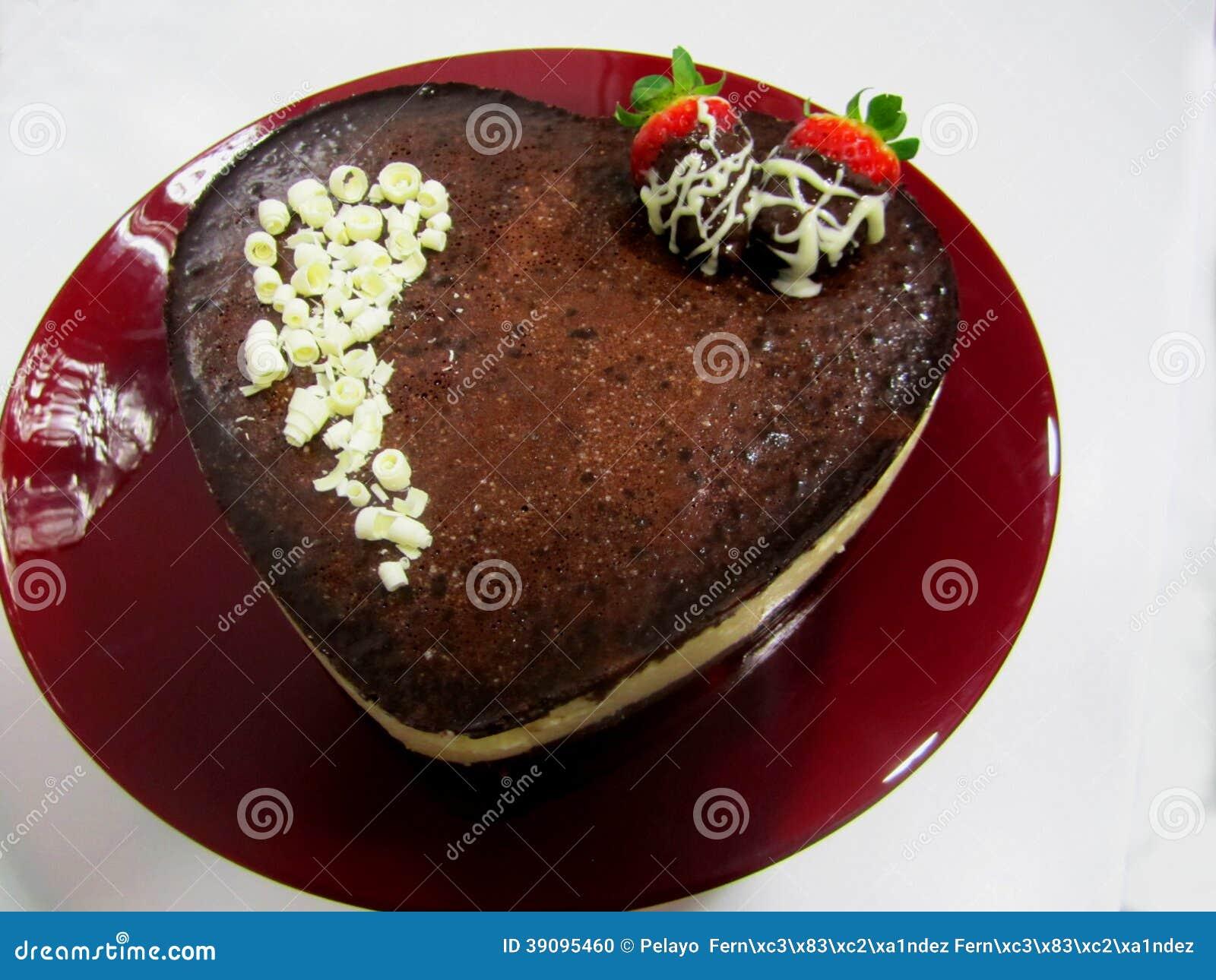 Download San Valentin Heart Chocolate Cake Stock Photo - Image of chocolate, postre: 39095460