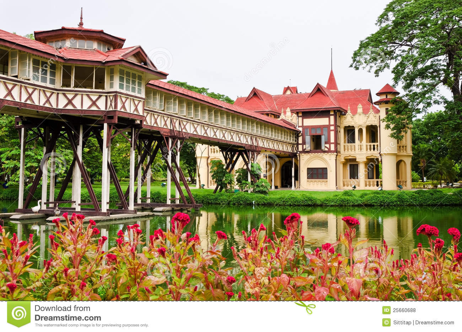 Sanam Chan Palace Royalty Free Stock Photos - Image: 25660688