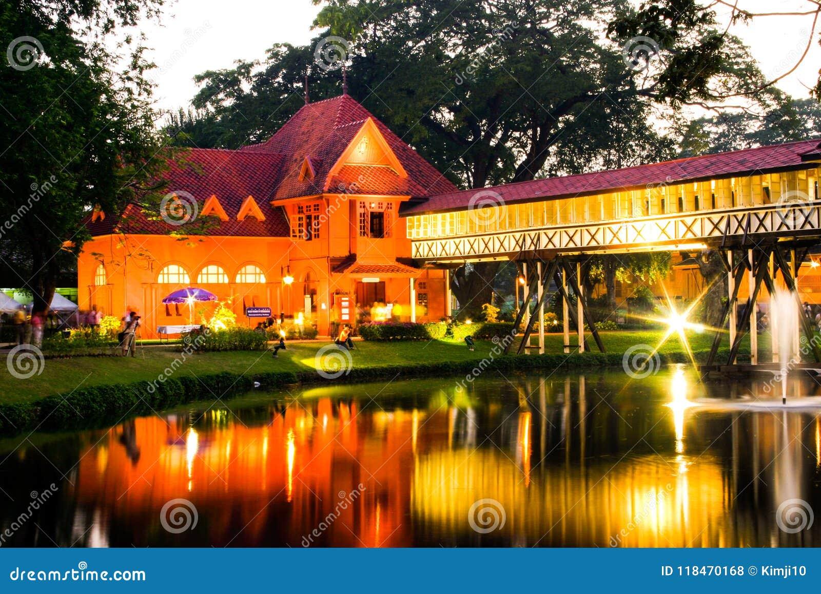 Sanam Chan Palace