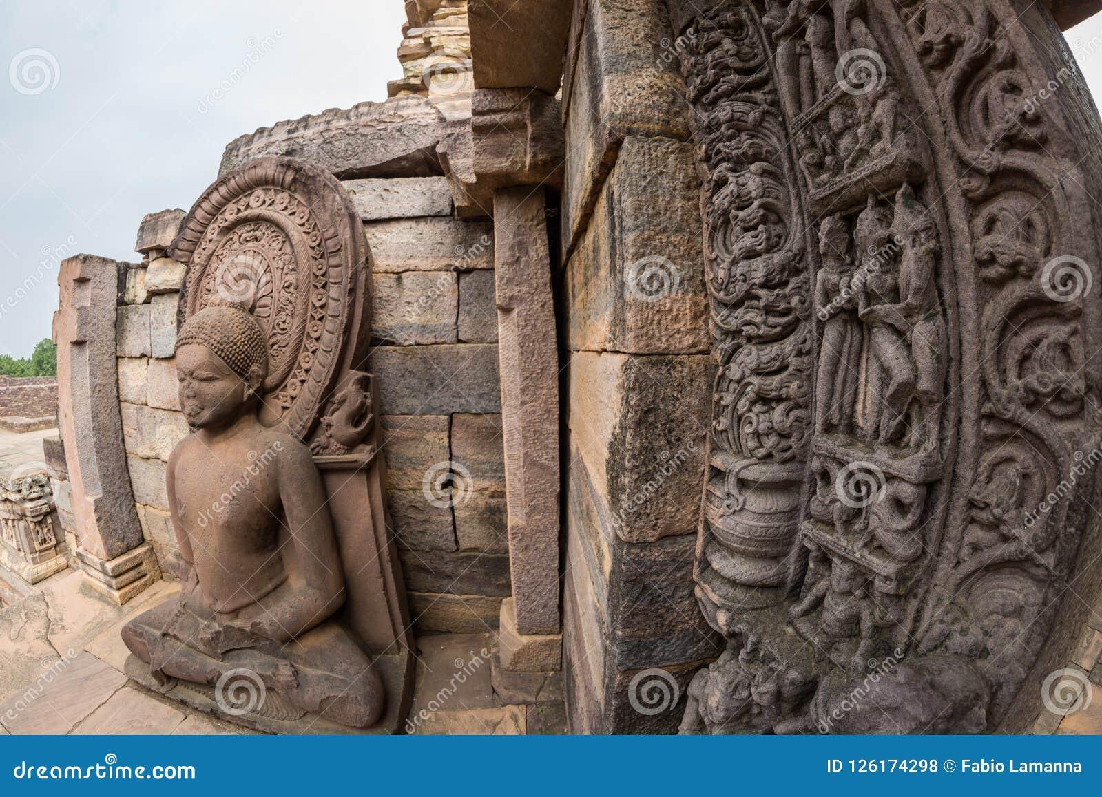 Sanchi Stupa, старое буддийское здание, тайна вероисповедания, высекло камень Назначение перемещения в Madhya Pradesh, Индии