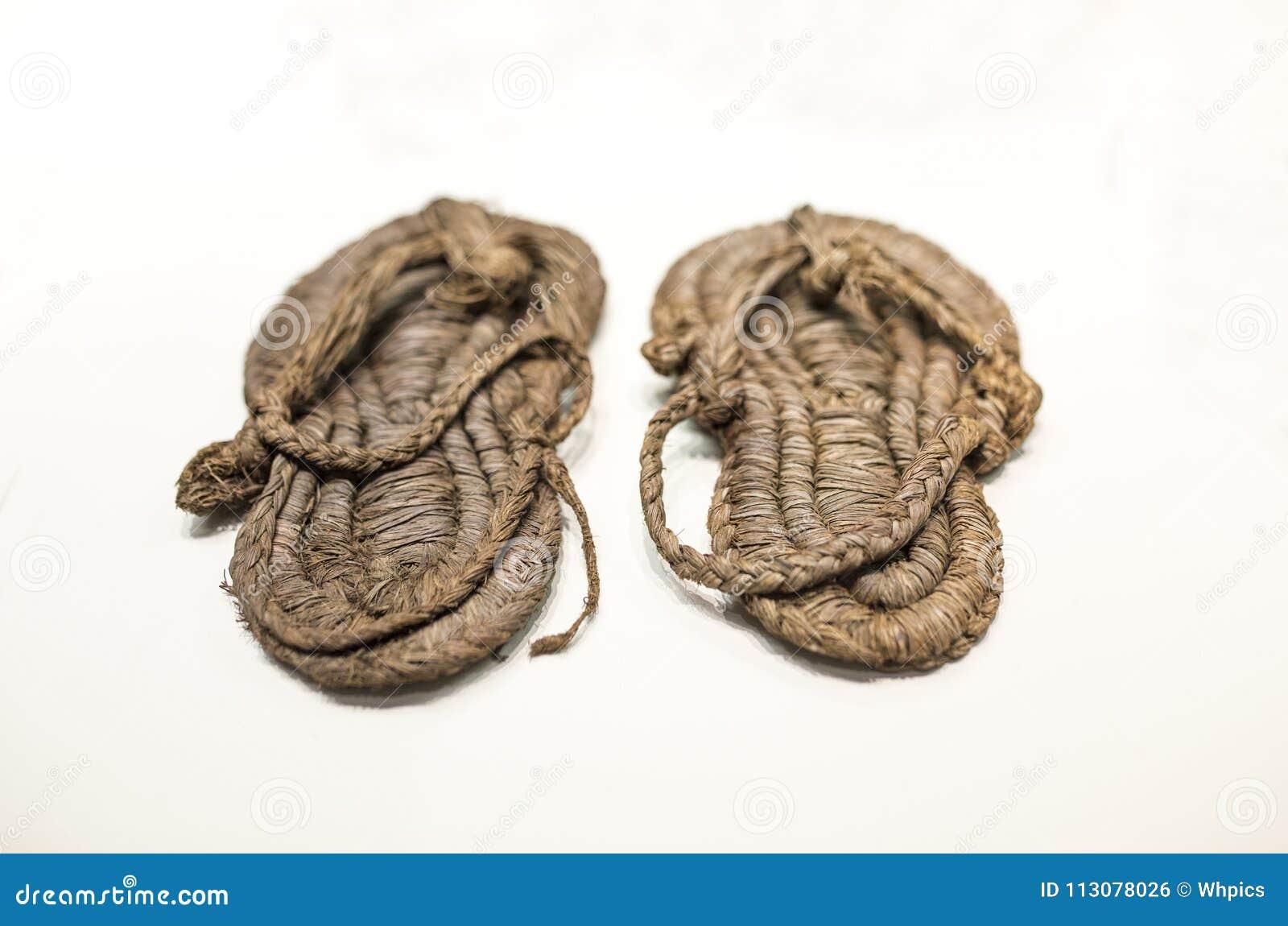 Sandálias Esparto pré-históricas