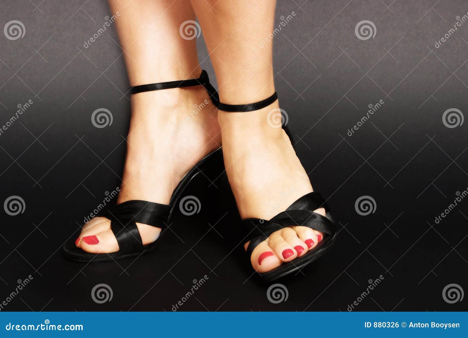 Sandálias pretas