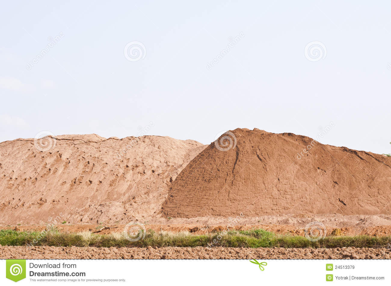 Sand Pile Royalty Free Stock Images - Image: 24513379