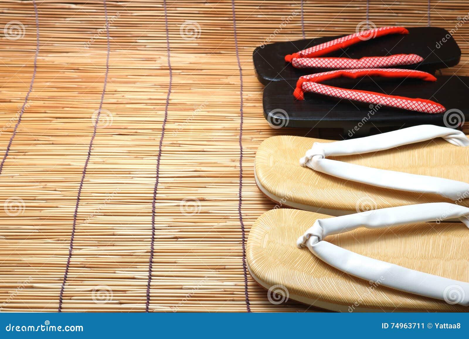 Persianas Sandalias Para Mujeres En Japonesas Y Las Los Hombres 3q54jLAR