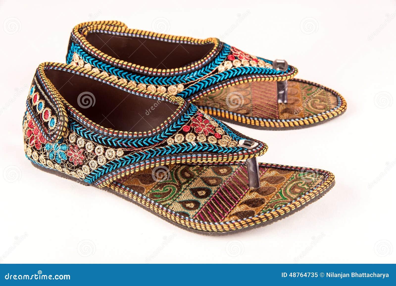 Sandalias étnicas indias tradicionales Foto de archivo libre de regalías
