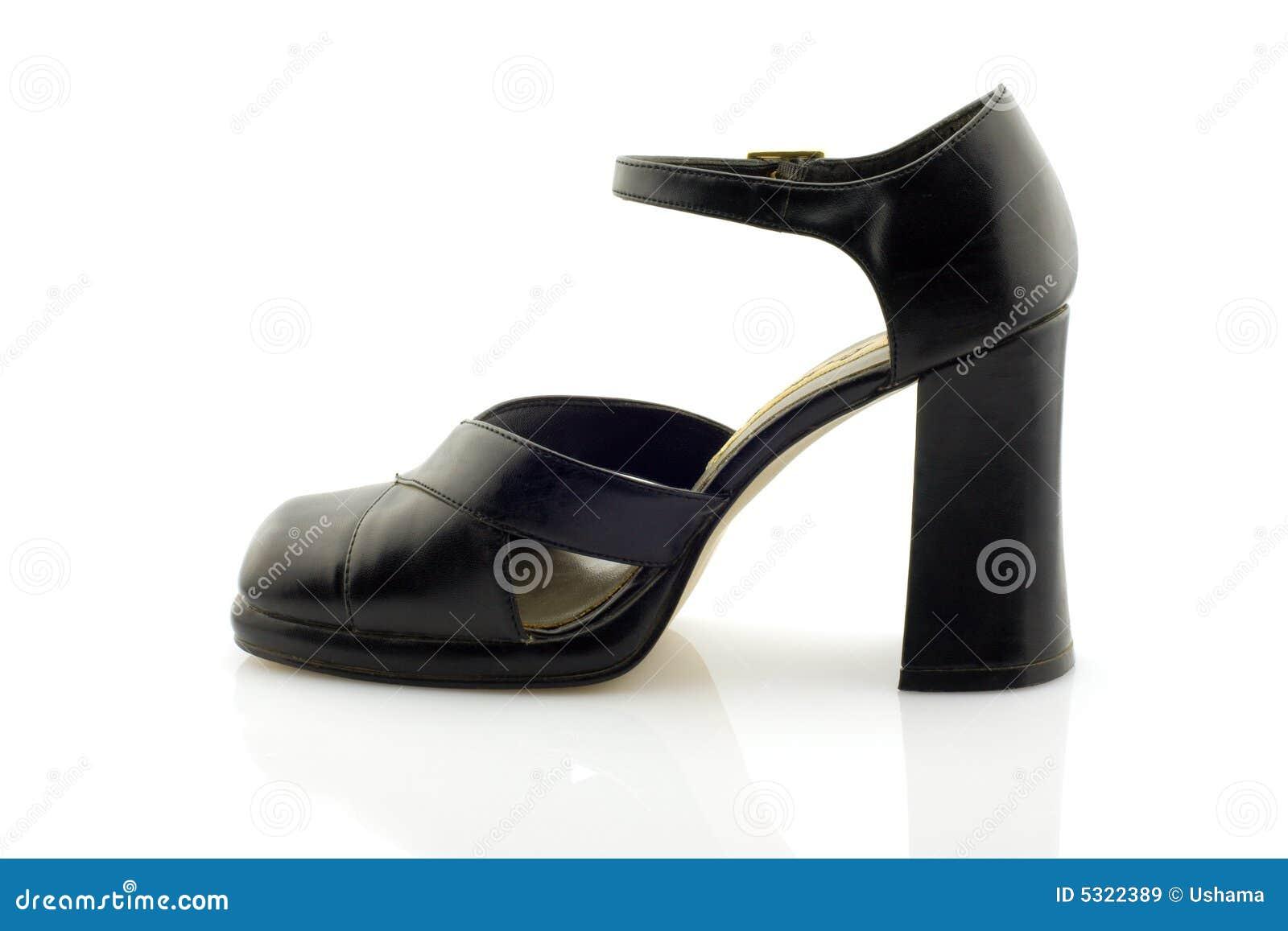 Download Sandalo High-heeled, Isolato Immagine Stock - Immagine di riflessione, fascino: 5322389