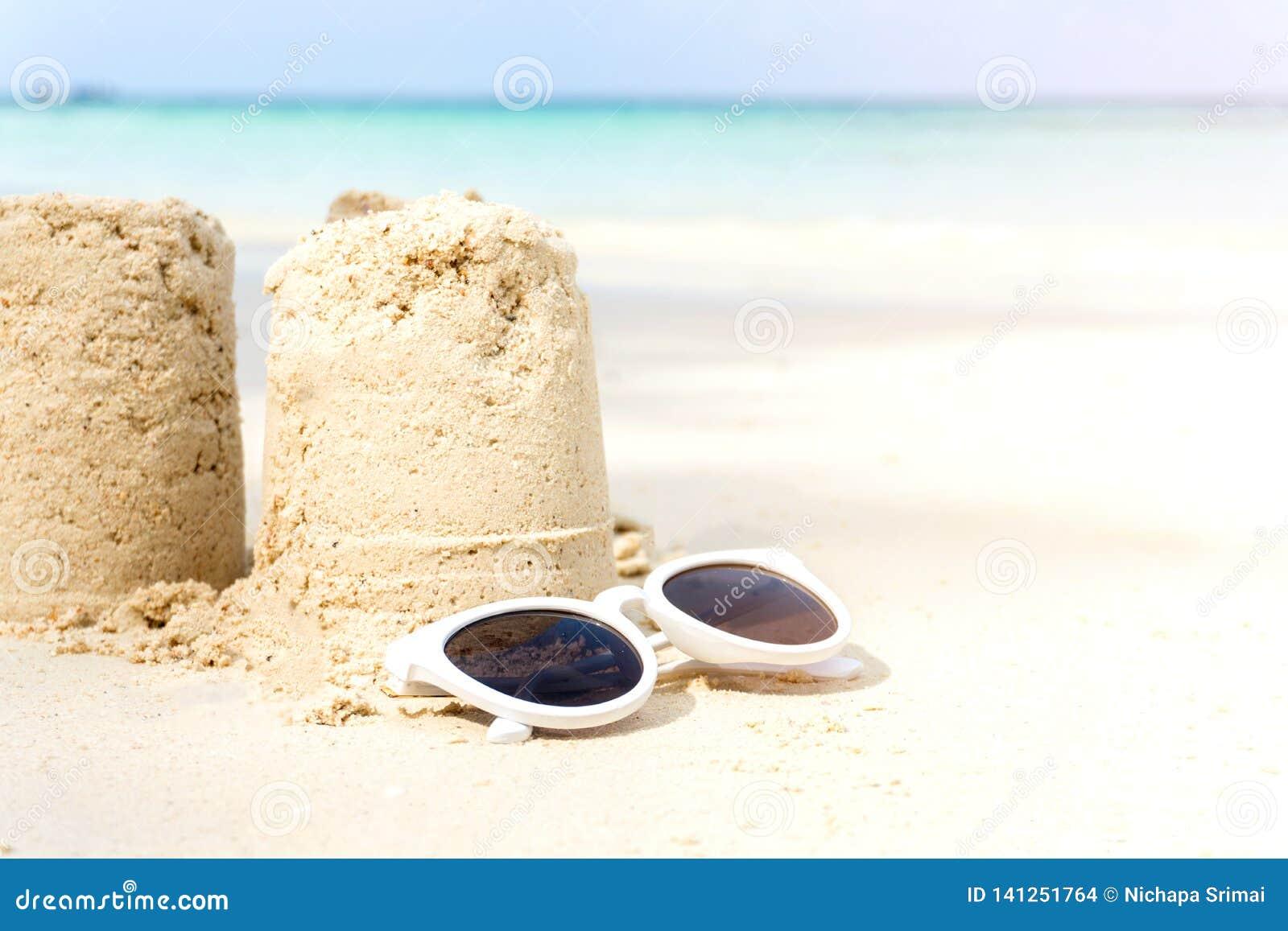 Sandcastle lato na plaży
