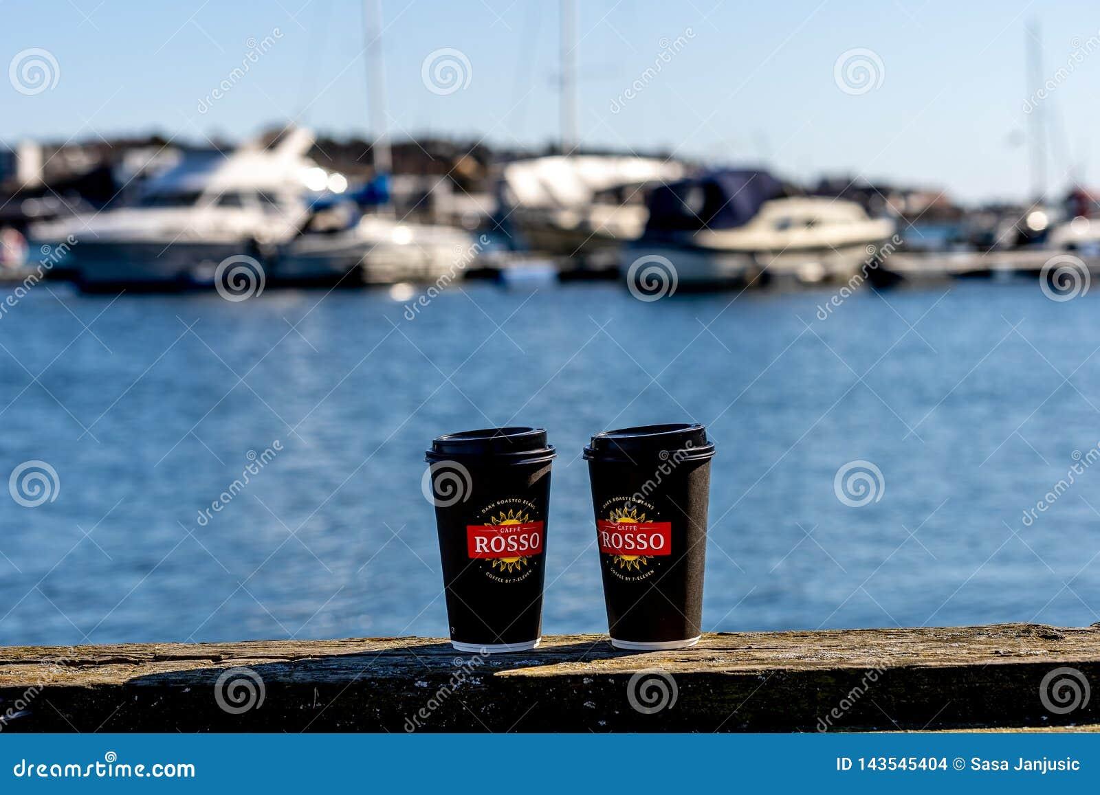 Sandefjord, Vestfold, Norwegia - mąci 2019: zabytek dla żeglarzów przed miasta sjøman siedem kościelną jedenaście kawą