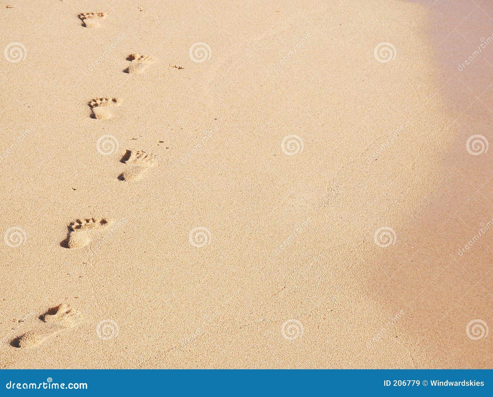 Sandiga fotspår