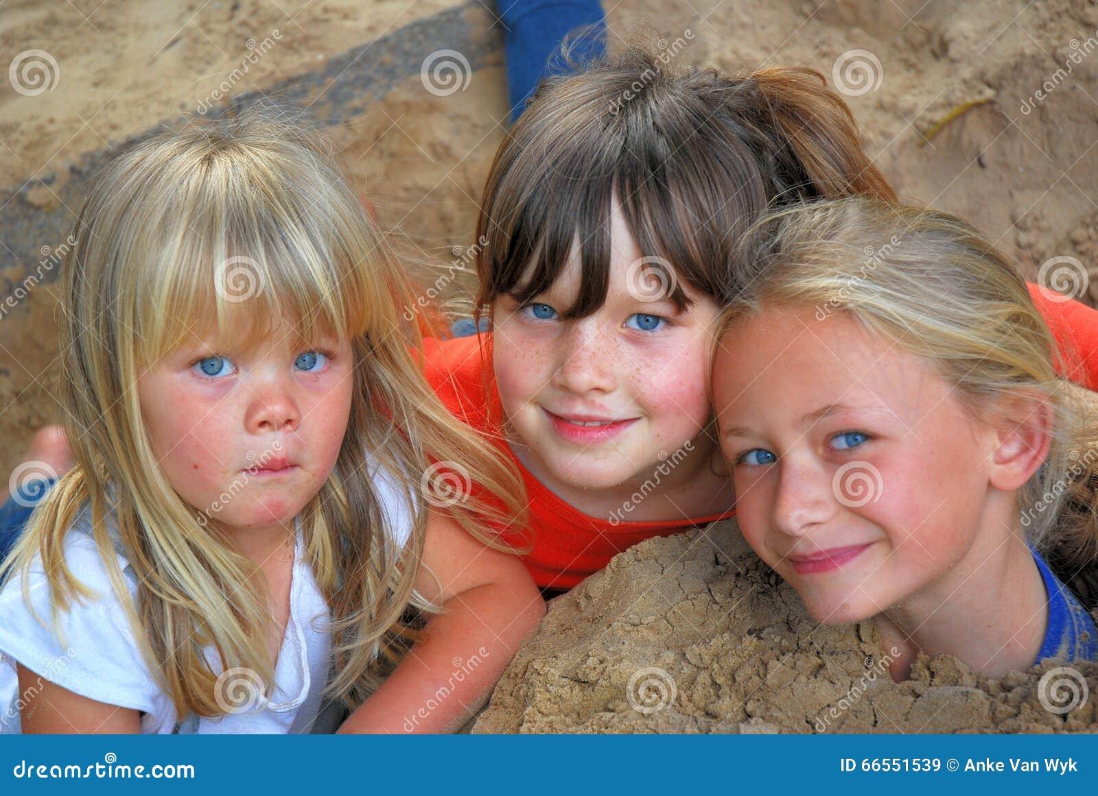 Sandpit przyjaciele