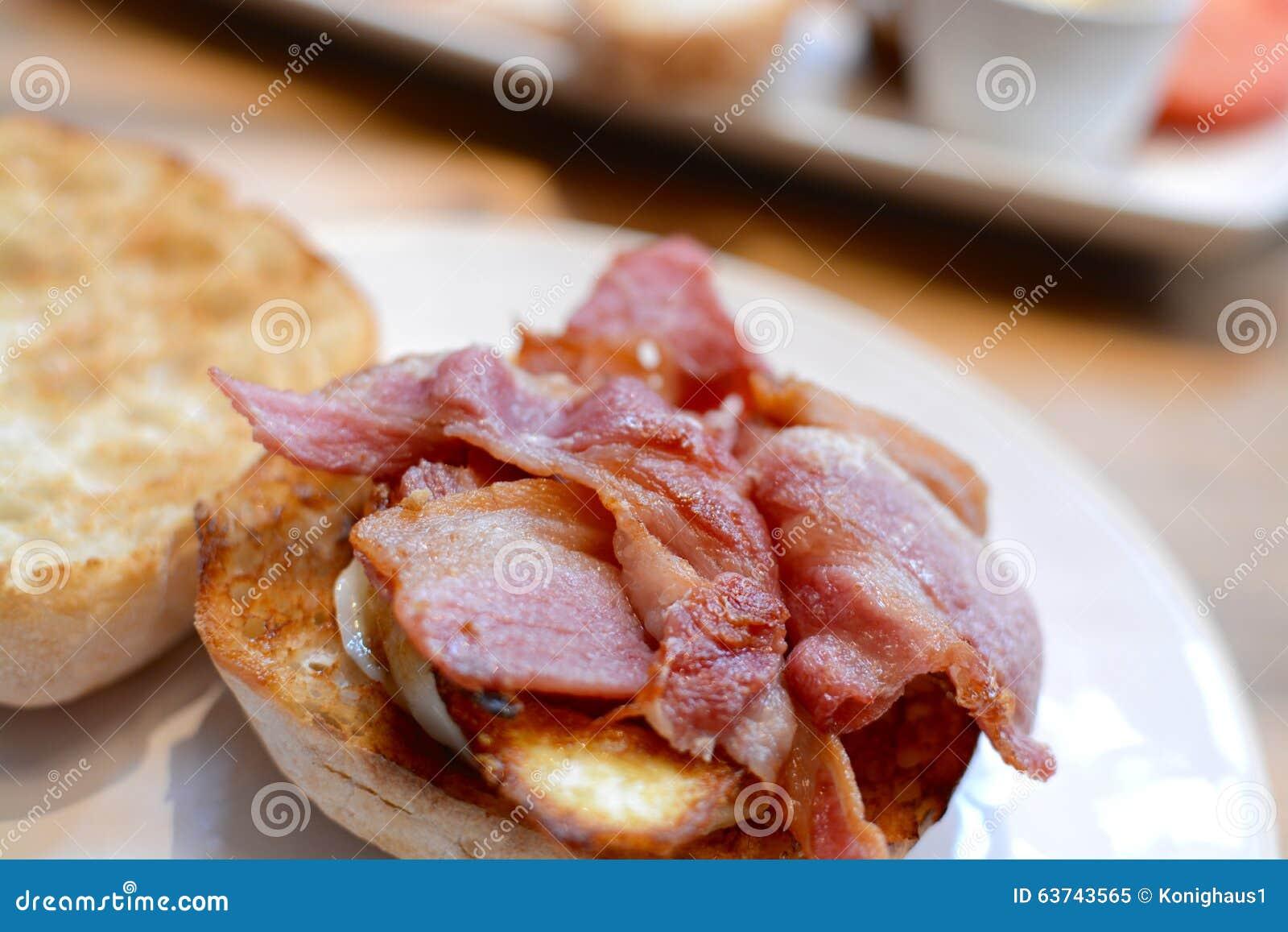 Sanduíche de Ciabatta do bacon