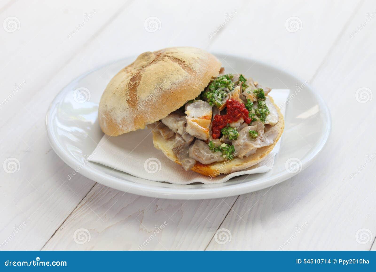 Sanduíche de Lampredotto, alimento italiano
