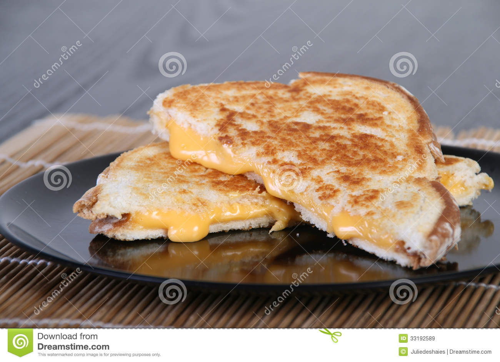 Sanduíche grelhado do queijo