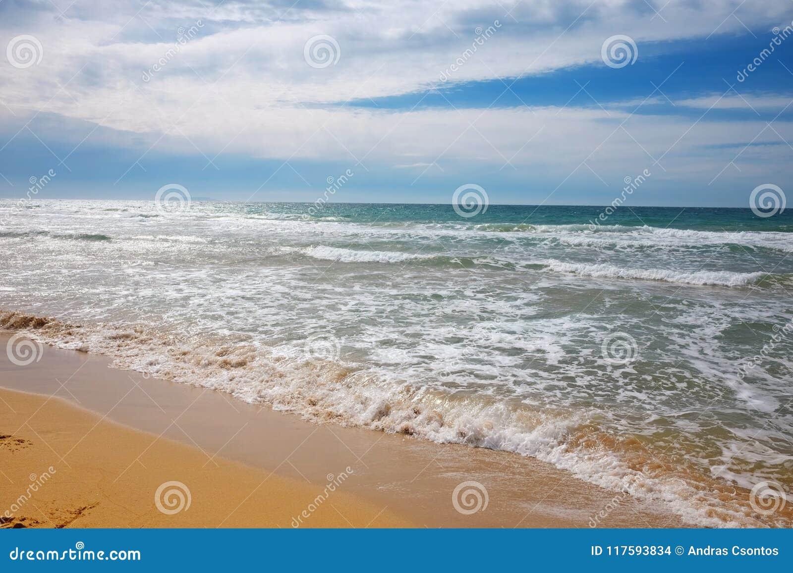 Sandy-Strand am See Korission, in Korfu-Insel, Griechenland