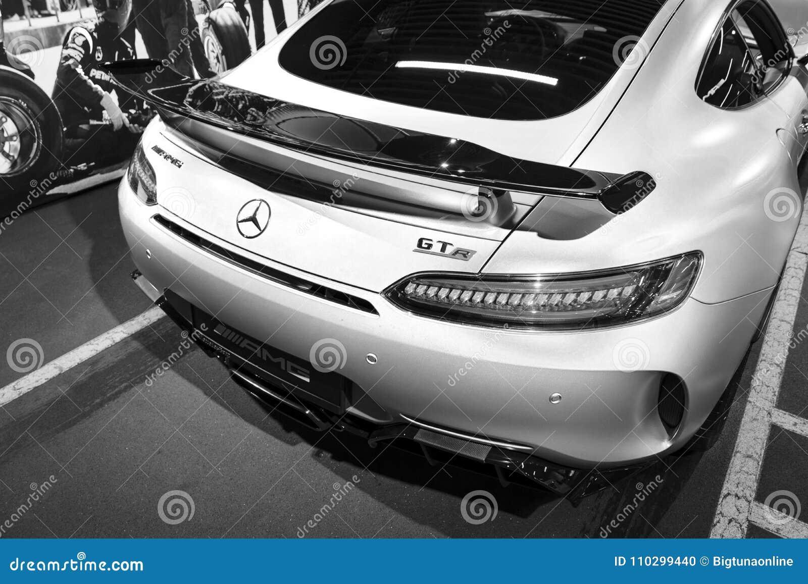 Mercedes Benz Amg Gtr 2018 V8 Bi Turbo Exterior Details Headlight