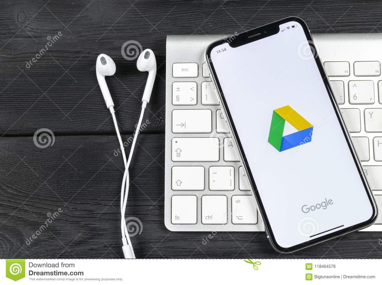google drive download images iphone