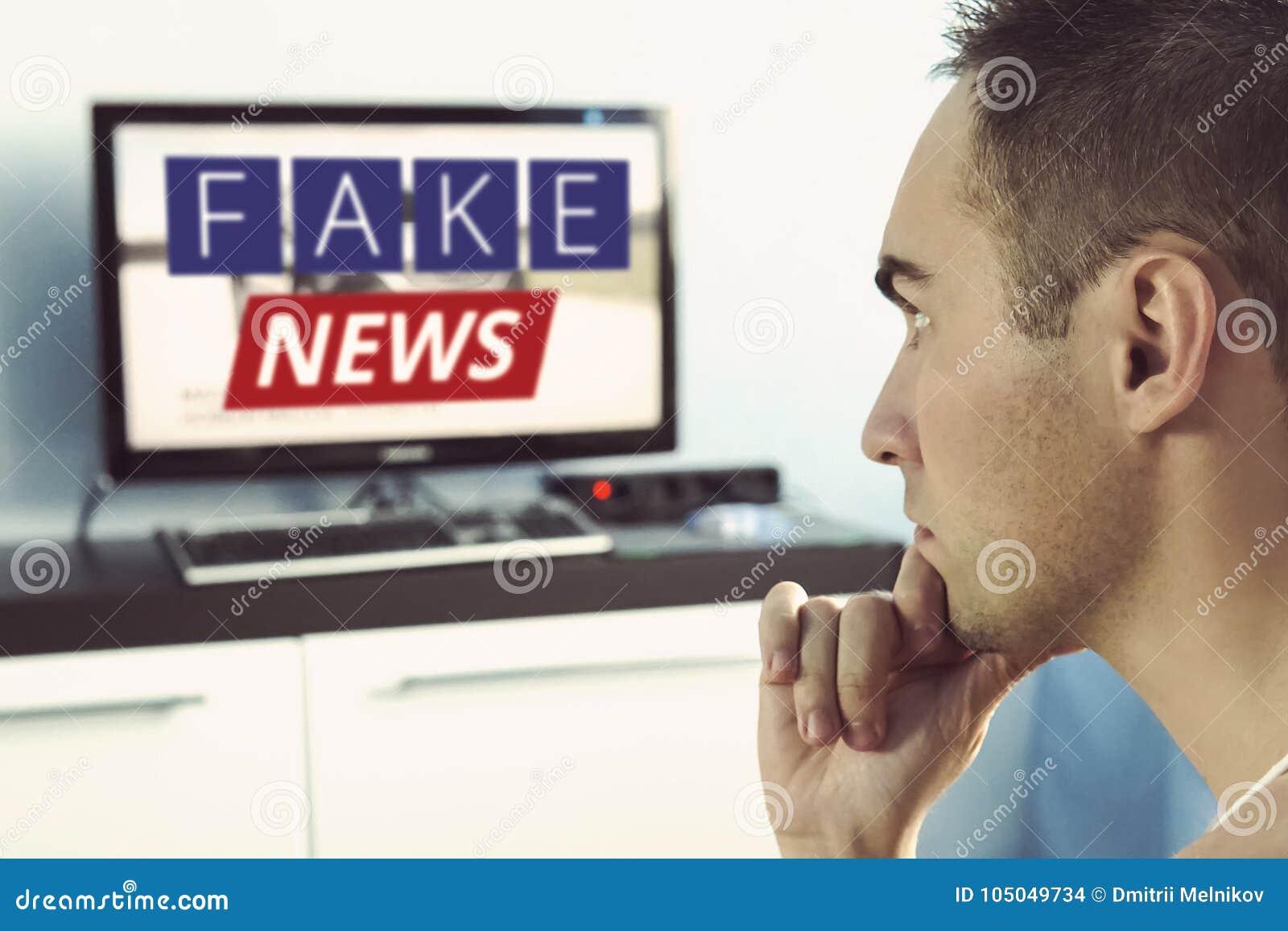 Sanning som framställas oriktigt i nyheterna på en modern TV