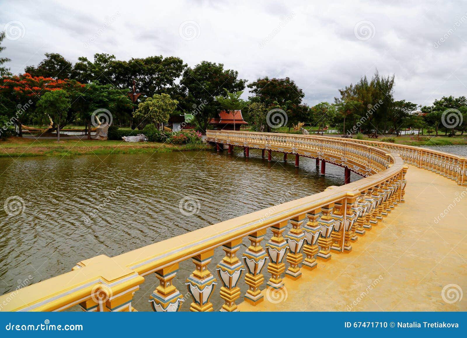 Sanphet Prasat Palace, Ancient City, (Ancient City, Muang Boran) park.