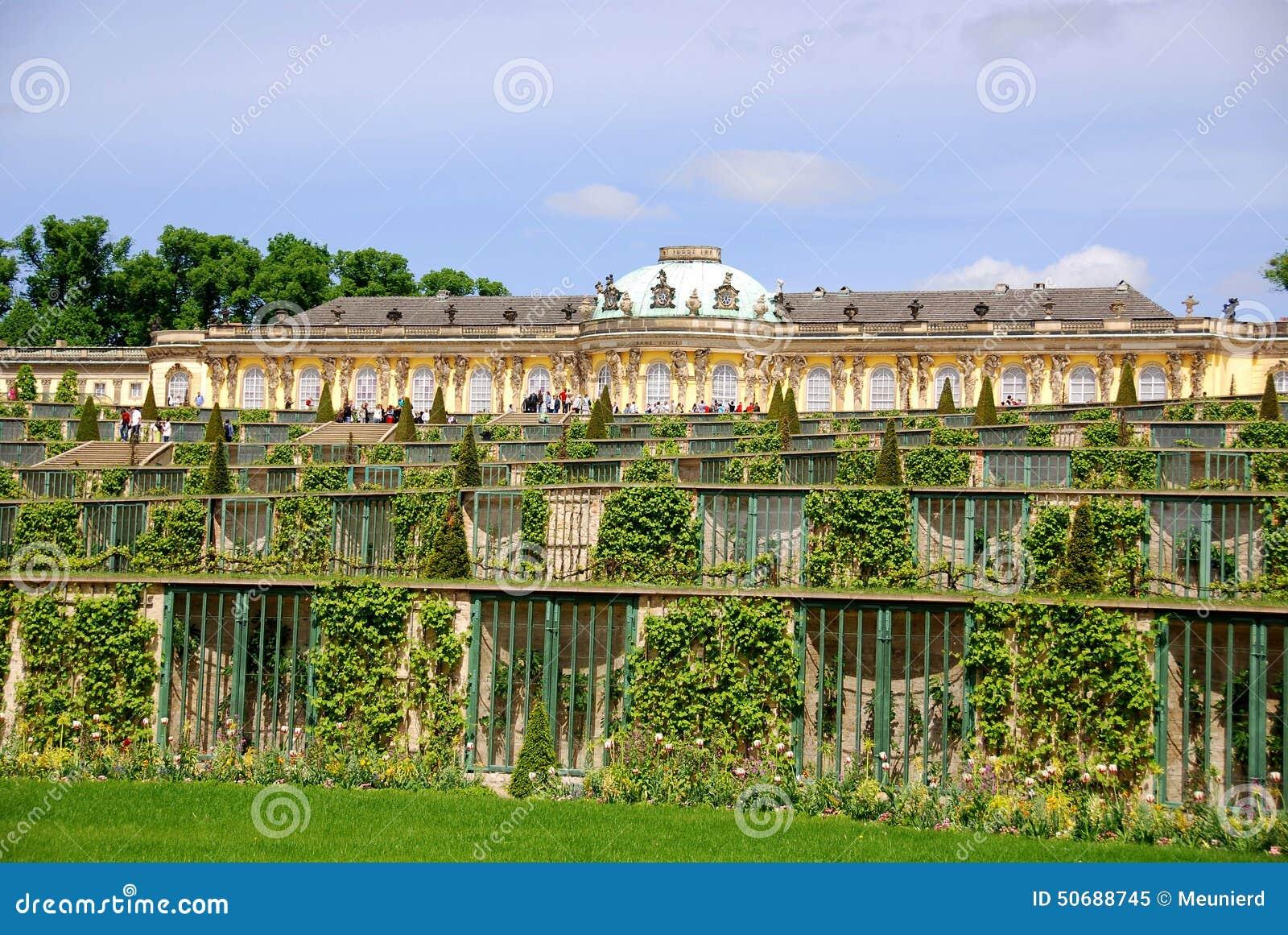Download Sanssouci 库存图片. 图片 包括有 在附近, 有历史, 绿色, 名字, 庭院, 巡回表演者, brandon - 50688745