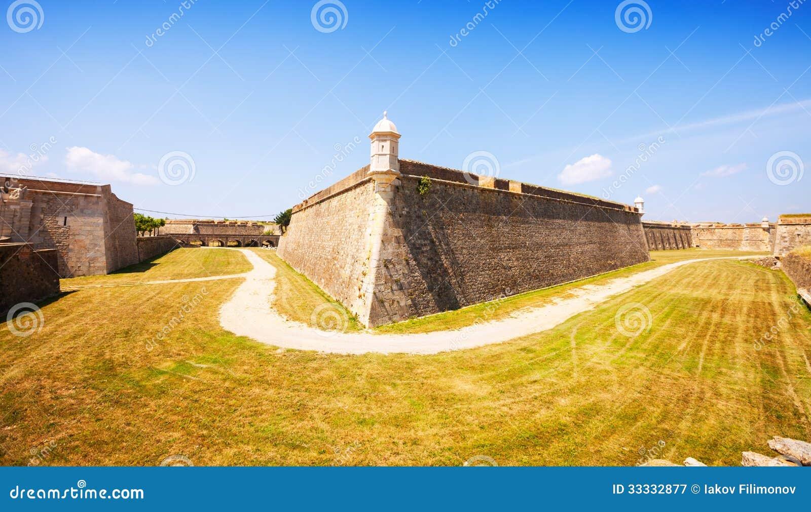 Sant弗尔朗城堡在菲盖尔