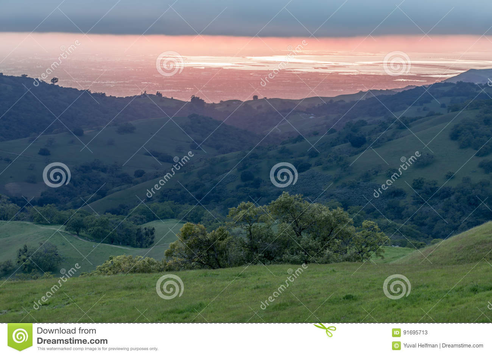 Santa Clara Valley Sunset au printemps