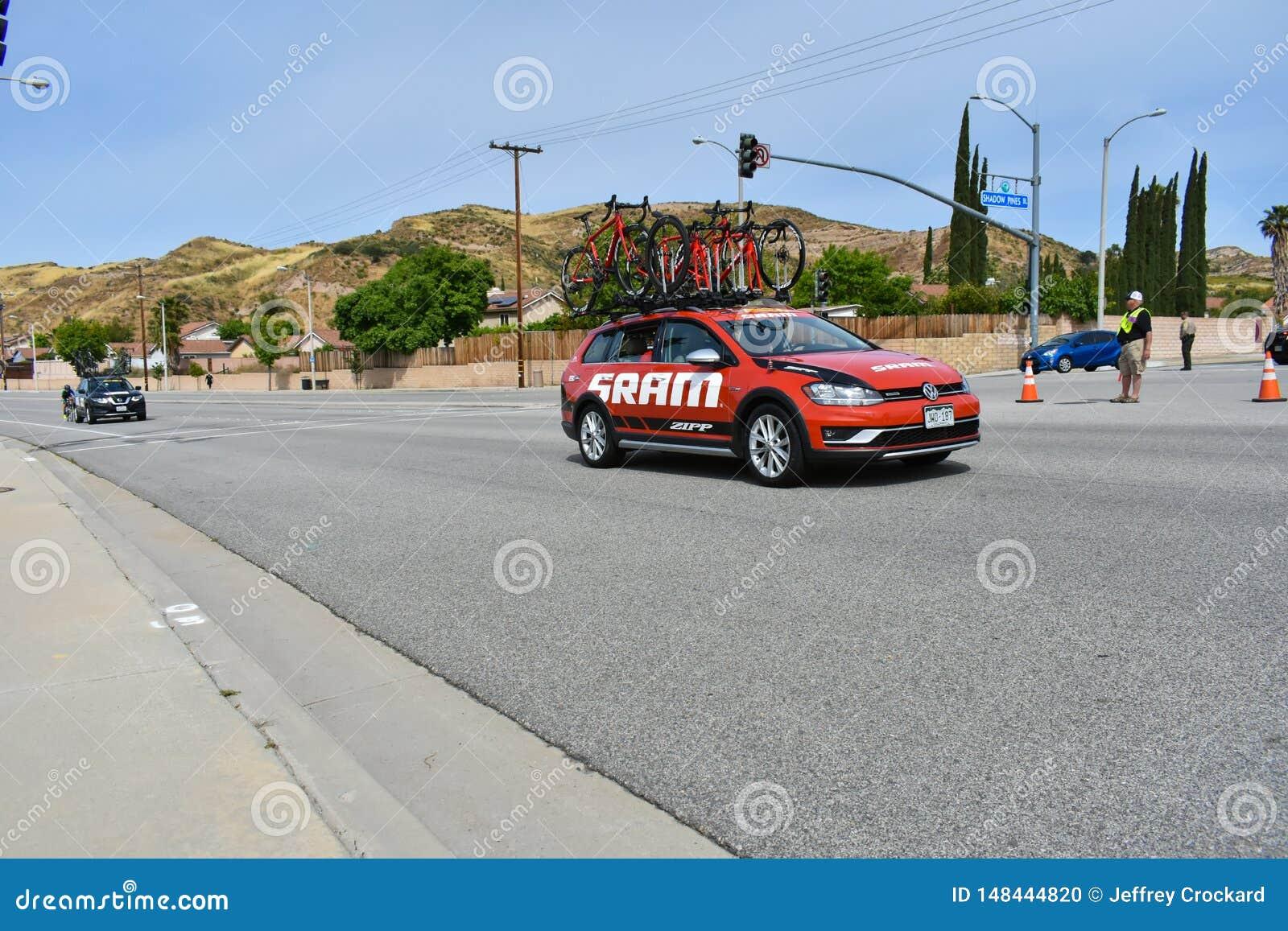 Santa Clarita, Ca U.S.A. 18 maggio 2019 Giro di AMGEN della corsa della fase 7 di California con Snta Clarita sul modo a Pasadena