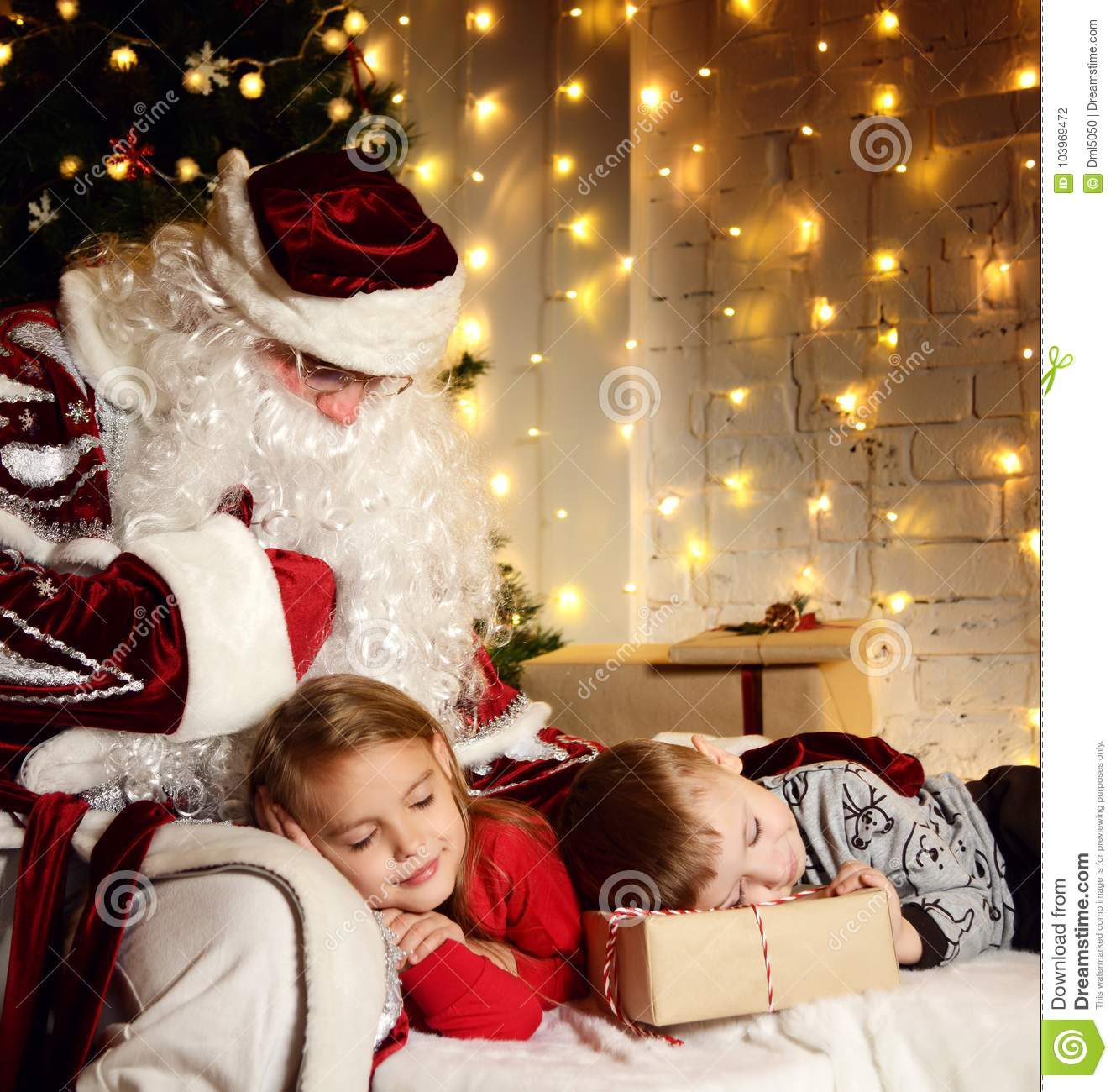 Little Girl Christmas Tree: Santa Claus With Happy Little Cute Children Boy And Girl