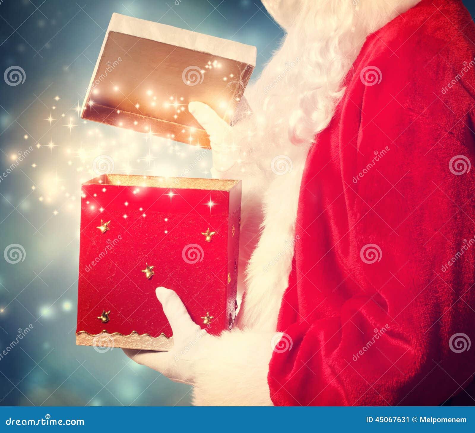 Santa Claus Opening ein großes Weihnachtsgeschenk