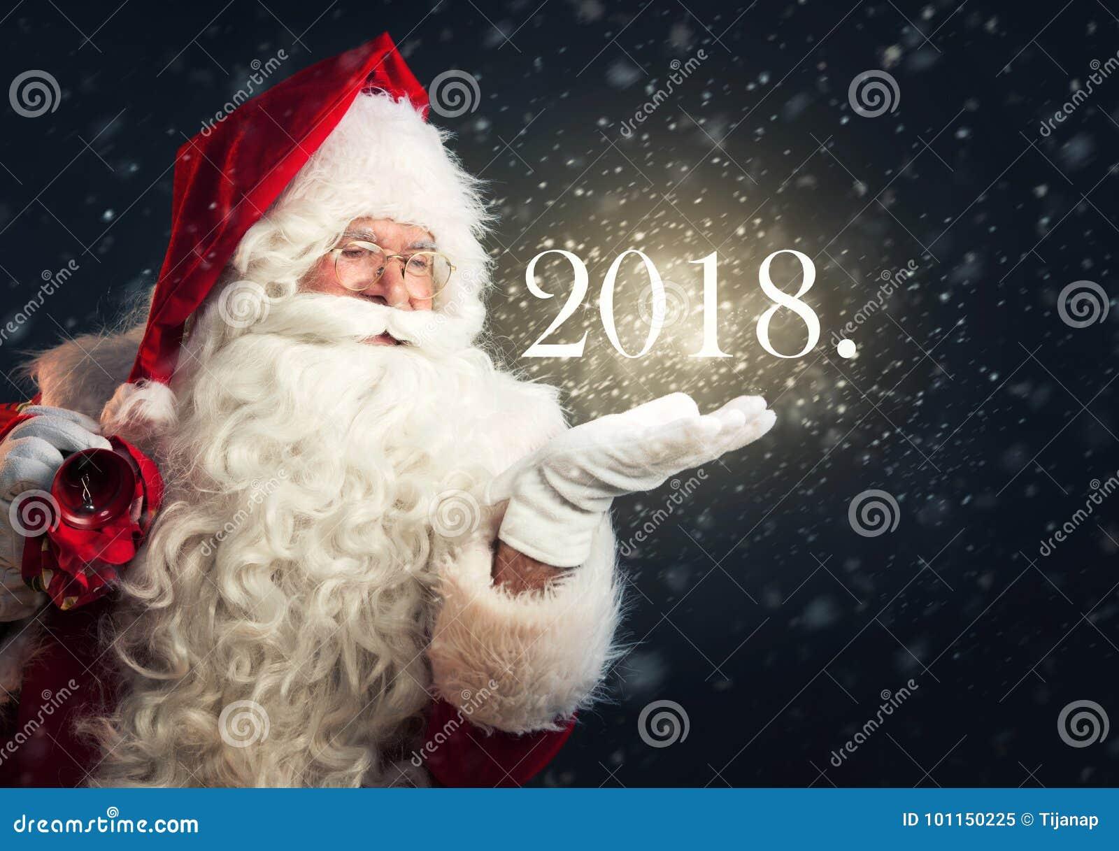 imágenes comunes del Santa Claus Que Sopla Feliz Navidad De La Nieve ... 5018347b569