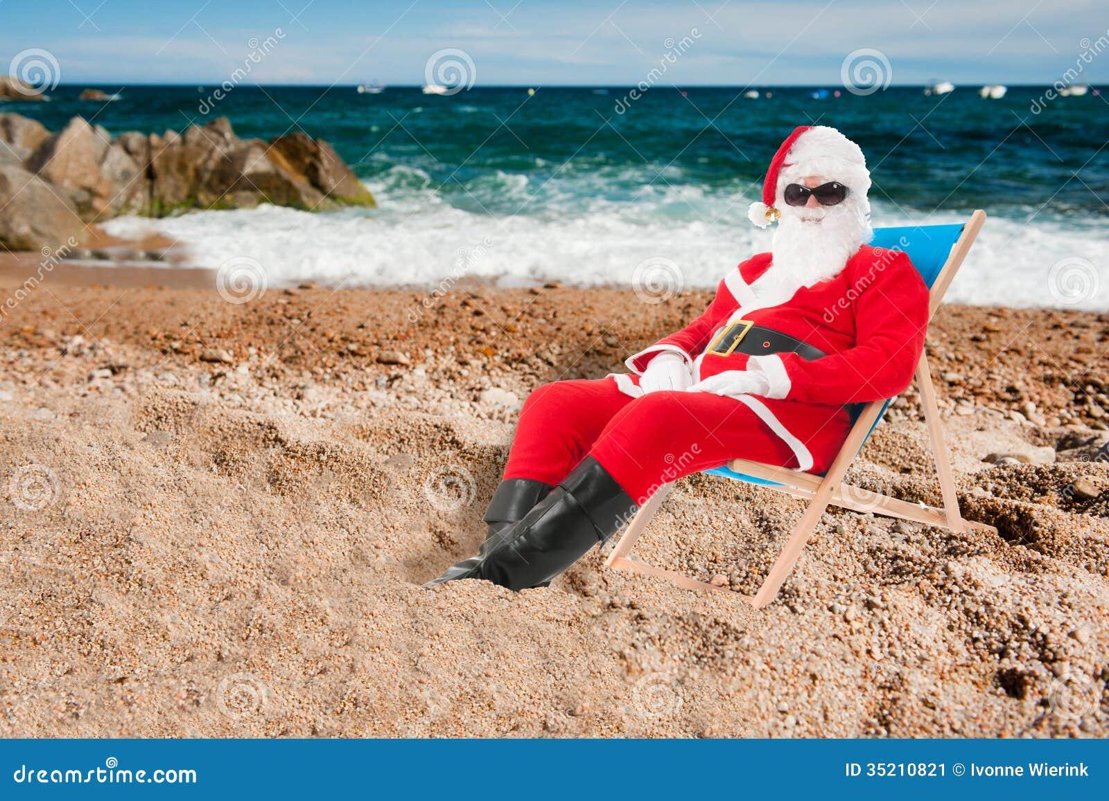 Two Beach Chair Clipart clipart  WorldArtsMe