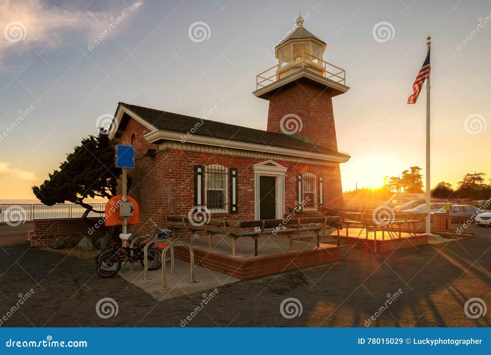 Santa Cruz-vuurtorenmuseum een gedenkteken aan surfers