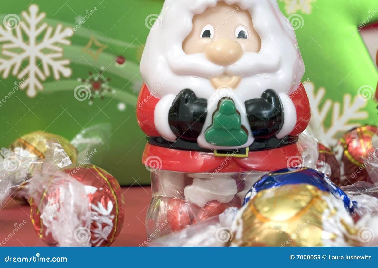 Santa enchida doces