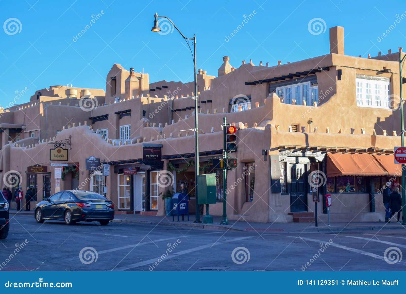 Santa Fe& x27; s Adobe Historyczna architektura w Nowym - Mexico